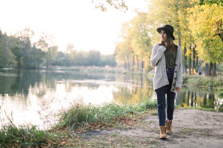 Что такое Slow Travel? Основные принципы slow living движения. Что такое slow living? Как путешествовать неспеша, без суеты? Медленная жизнь. Осенняя фотосессия. Пленочные фотографии.