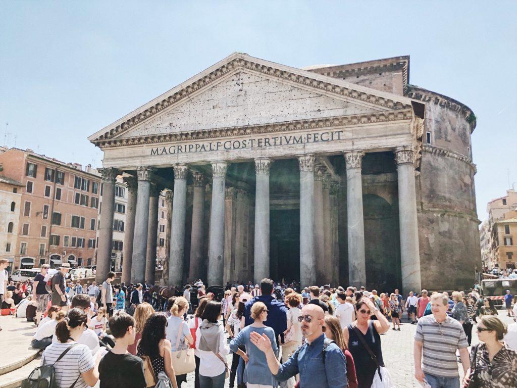 Пантеон Рим