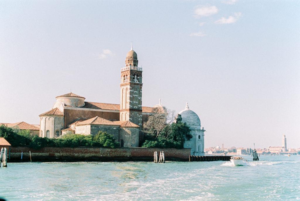 остров Сан-Микеле. Кладбище в Венеции
