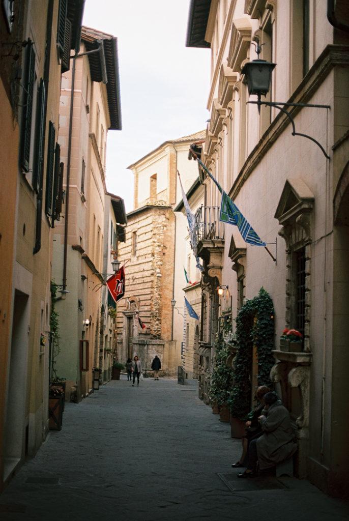 """Монтепульчано город в Италии. Где снимали фильм """"Под солнцем Тосканы"""". Монтепульчано фото. Монтепульчано город в Тоскане. Что посмотреть в Монтепульчано?"""