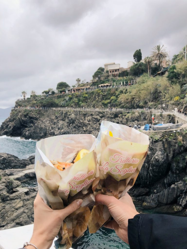 морепродукты во фритюре в лигурии