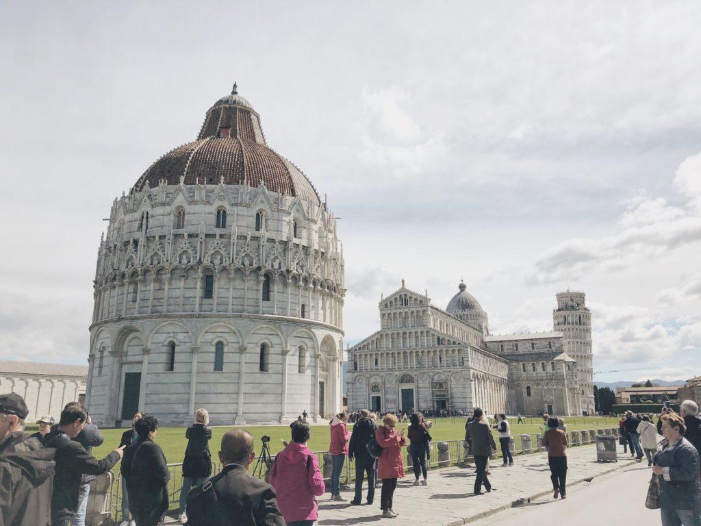 Пиза Италия Пьяцца деи Мираколи