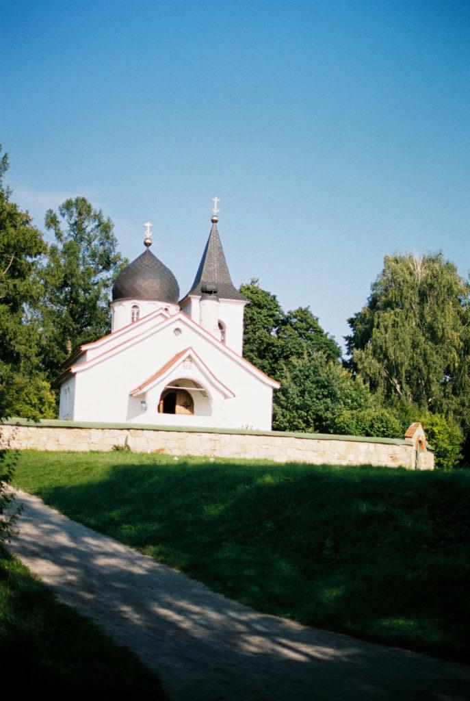 Троицкая церковь Поленово