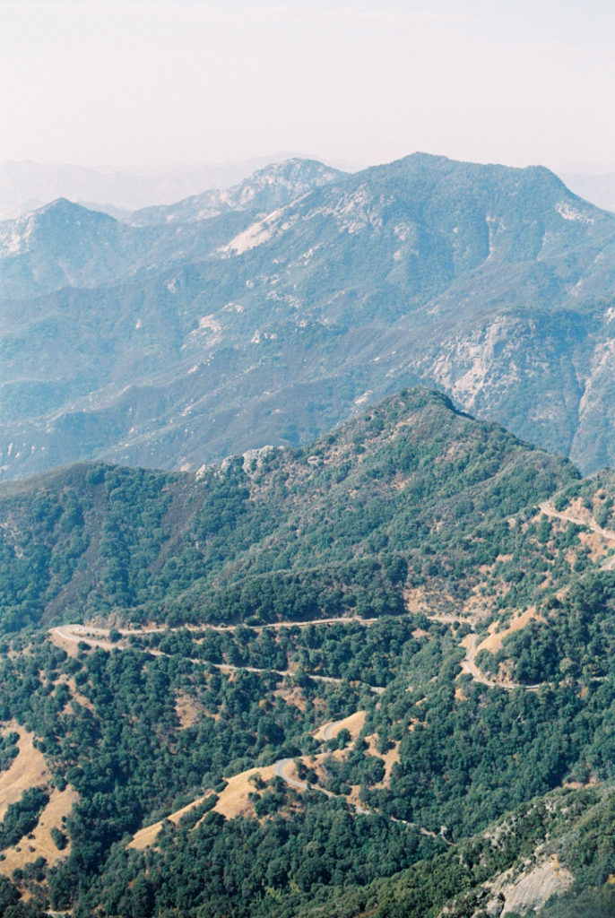 Национальный парк Секвойя, Калифорния, США. Фото, парк Секвойя маршрут. Моро рок. Секвойя Генерал Шерман. Гиганские секвойи. Секвойя, Калифорния.
