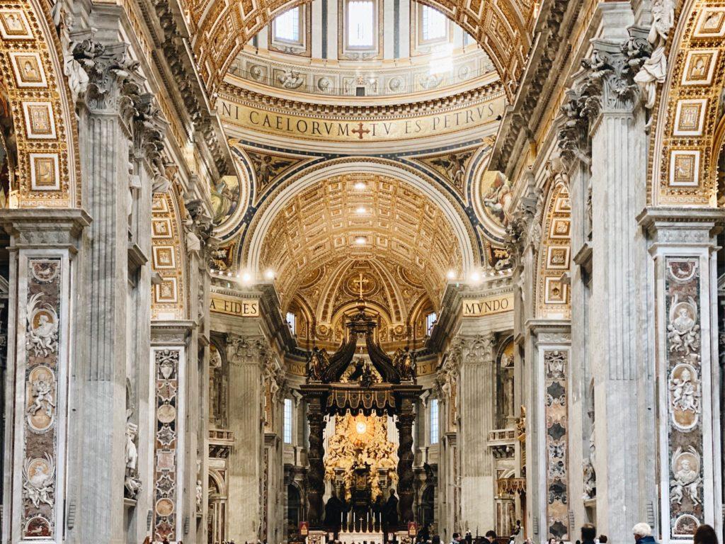 собор святого петра в ватикане фото центрального нефа