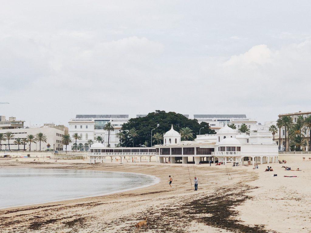 Кадис пляж