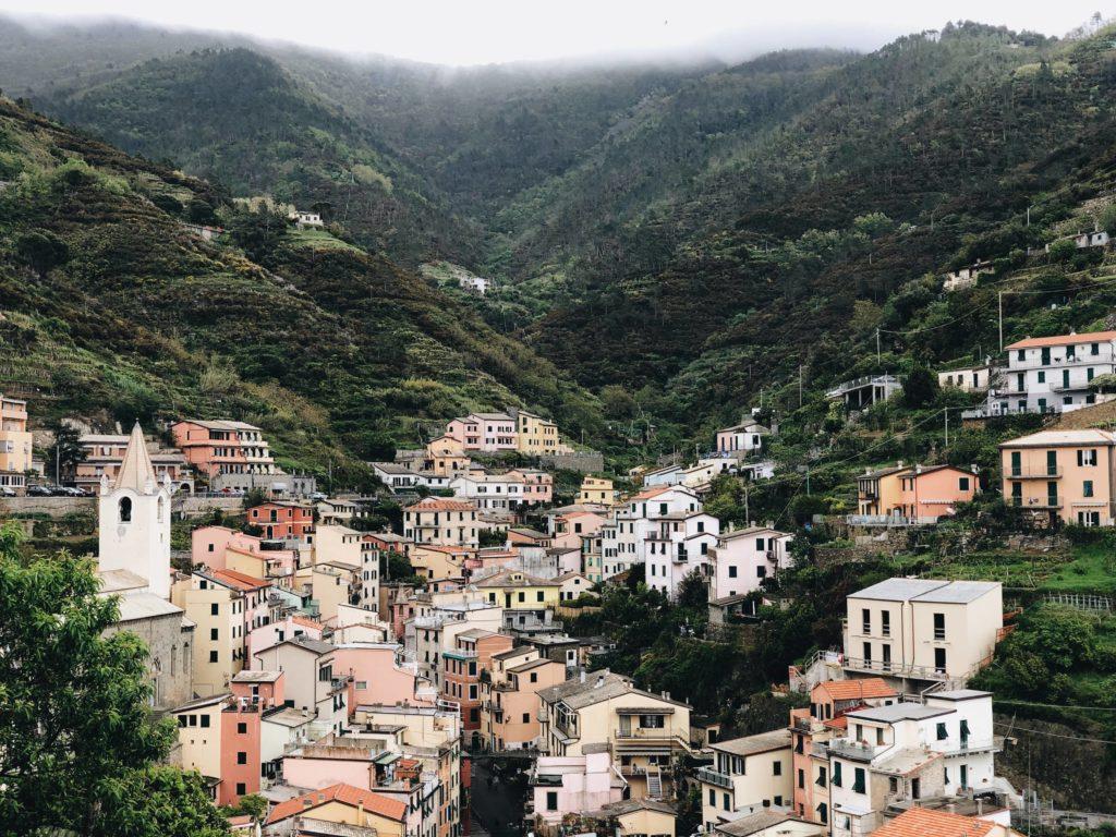 Риомаджоре город фото