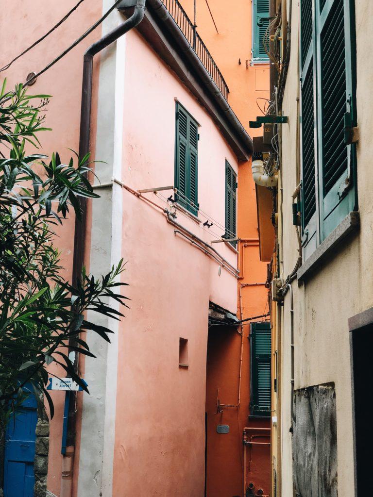 цветные домики чинкве-терре