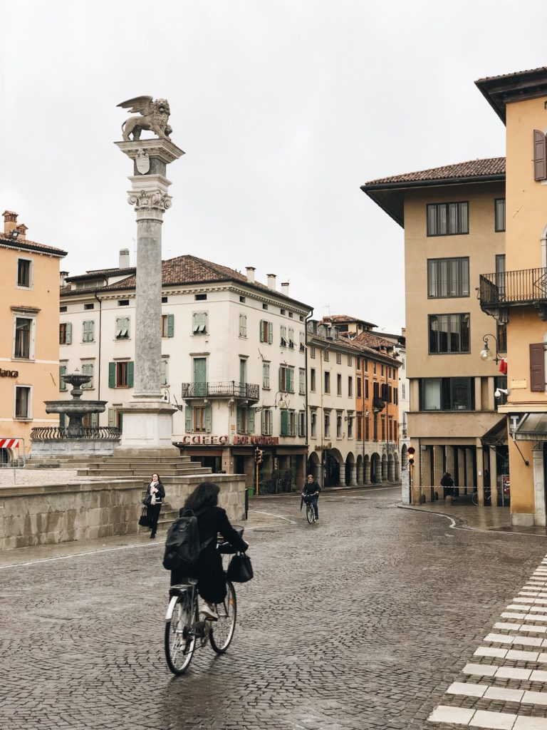 город удине Италия фото