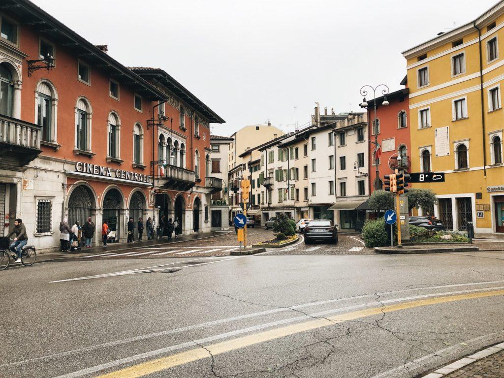 удине италия фото