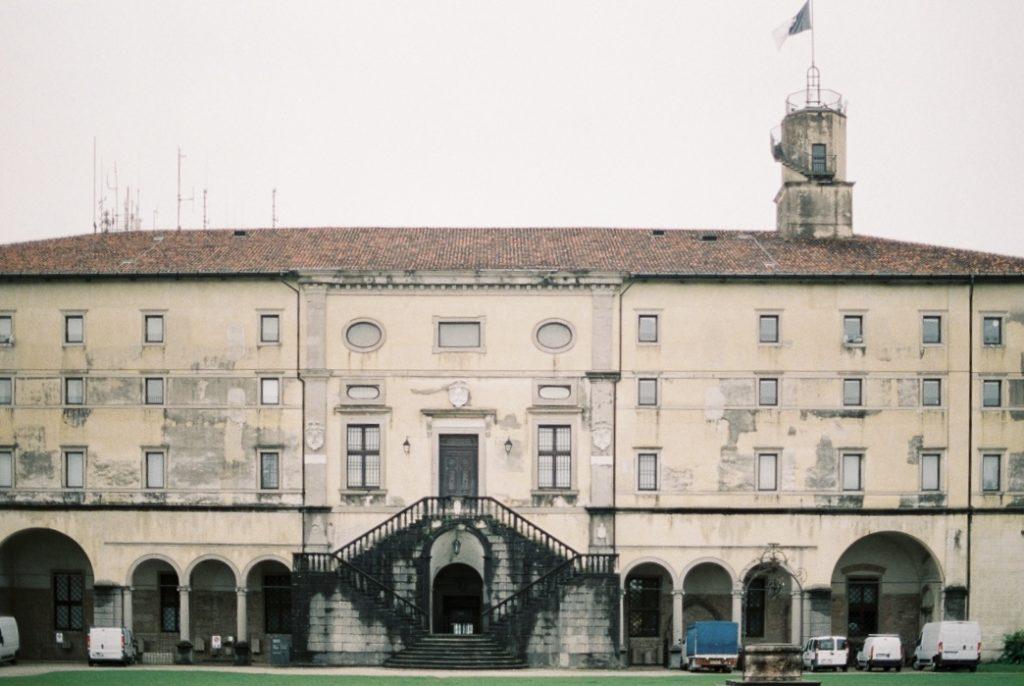 замок Удине фото