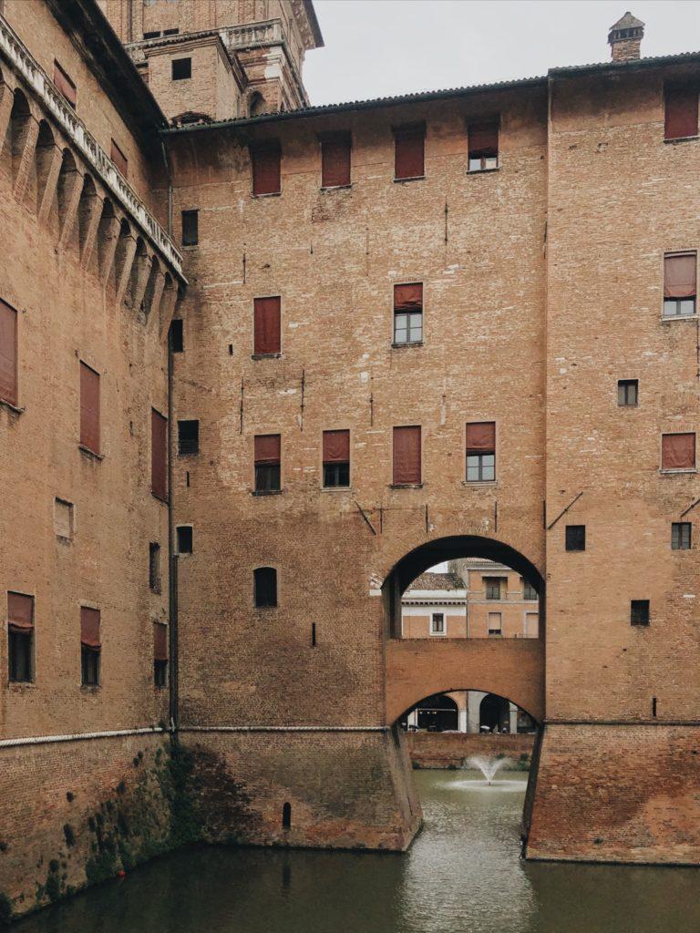 Феррара Италия замок д'Эсте